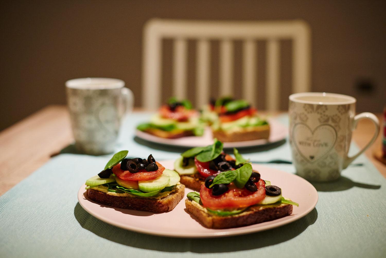 Co jeść na diecie roślinnej? Wegańskie kanapki na wiele sposobów